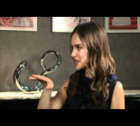 Natalie Portman Black Swan Interview