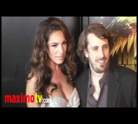 PIRANHA 3D Premiere with Kelly Brook, Jessica szohr, Elisabeth Shue and Riley Steel HOTTEST WOMEN