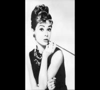 Recogido alto de Audrey Hepburn - pedido Loliley100