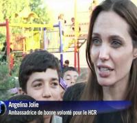Réfugiés syriens: Angelina Jolie à la frontière turque