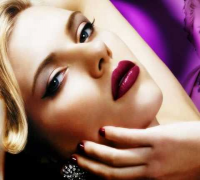 Scarlett Johansson Hot star ( IRON MAN )