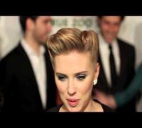 Scarlett Johansson Splits From Boyfriend