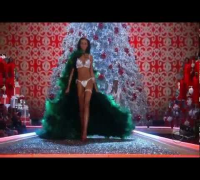 Seal - Amazing (live from The Victoria's Secret Fashion Show)
