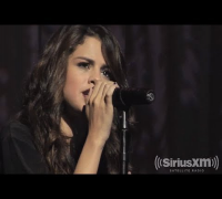 "Selena Gomez ""Come & Get It"" LIVE during SiriusXM Hits 1 Soundcheck"
