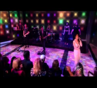 Selena Gomez performs Slow Down on The View (10/17/2013) [HD]