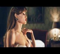 Sexy Angelina Jolie In Venice!