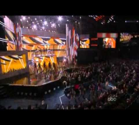Shakira - Give it up to me live at American Music Awards AMA 2010 ( www.whywait.es )