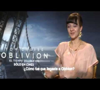 "SOLO EN CINES TV ""On The Road""- Entrevista a Olga Kurylenko y Andrea Riseborough por Oblivion"