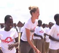 Supermodel Doutzen Kroes visits dance4life Tanzania