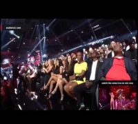 Taylor Swift and Selena Gomez reaction to Miley Cyrus Preformance VMAs 2013