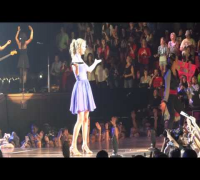 Taylor Swift You Belong with Me Live Montreal Centre Bell Center 2011