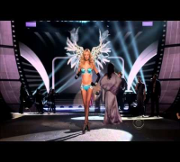 The Victorias Secret Fashion Show 2012 - Bruno Mars - Young Girls HD