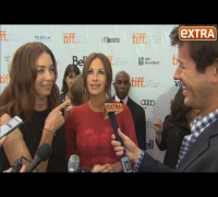 TIFF 2013: Julia Roberts Looks Stunning in Dolce and Gabbana