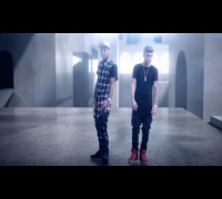 Tyga ft. Justin Bieber - Wait For A Minute (Official Video) Legendado [With Lyrics On Screen] HD