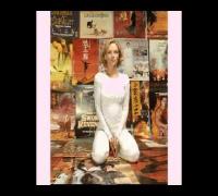 Uma Thurman - Sexy Beautiful Pictures Slideshow Tribute