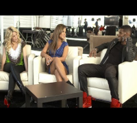 Usher and Shakira's First Day - The Voice