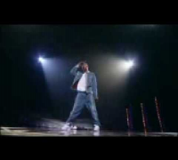 Usher Raymond vs Michael Jackson