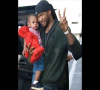 Usher sr.  and Usher Raymond the V -NEW PHOTOS SUBSCRIBE