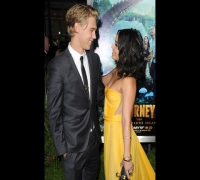 Vanessa Hudgens & Austin Butler Dating Update