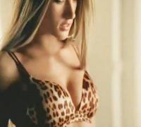 Victoria's Secret - Alessandra Ambrosio Sexy Commercial (Tiger Bra)