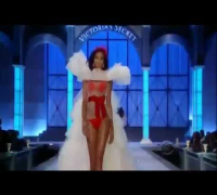 Victoria´s Secret Fashion Show 2011 ~ Part 1