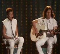 Victoria's Secret Fashion Show [HD] Justin Bieber As long as you love me & beauty and the beat