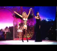 "Victoria's Secret Fashion Show Rihanna "" Diamonds in the Sky ''"