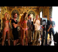 Victorias Secret Holiday 2012 - Behind the Scenes with Doutzen Kroes