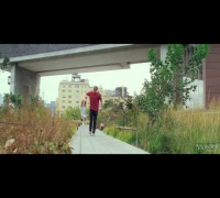 What Maisie Knew - Trailer (Alexander Skarsgård, Julianne Moore, Steve Coogan)