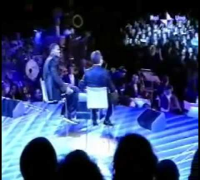 Will Smith da Paolo Bonolis a Sanremo 2005 1°parte