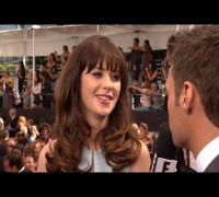 Zooey Deschanel Explains Blue-Faced Selfie